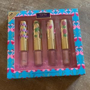 tarte Makeup - Tarte lipstick/lipgloss set!!!- 💋💜💄 NIB